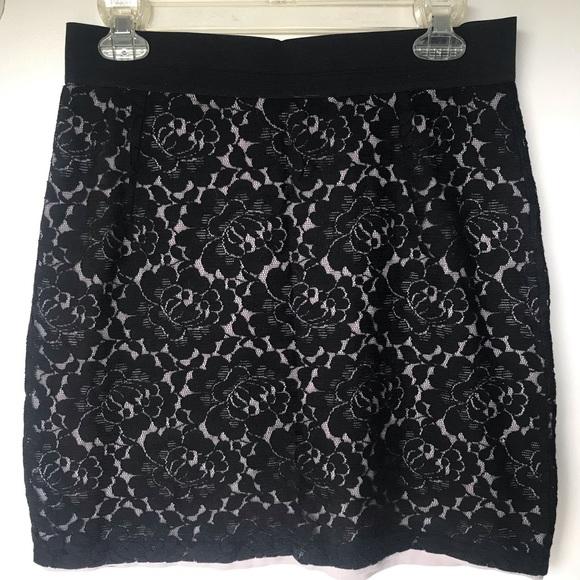 H&M Dresses & Skirts - Mini skirt